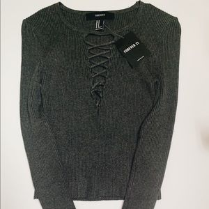 Forever 21 Grey Cropped Long Sleeve